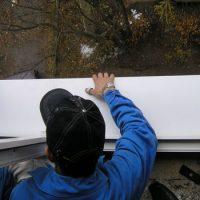 Описание специфики работ по установке пластиковых окон на балкон или лоджию